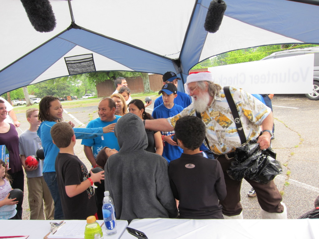 Dave Lieber writes about his charity, Summer Santa.